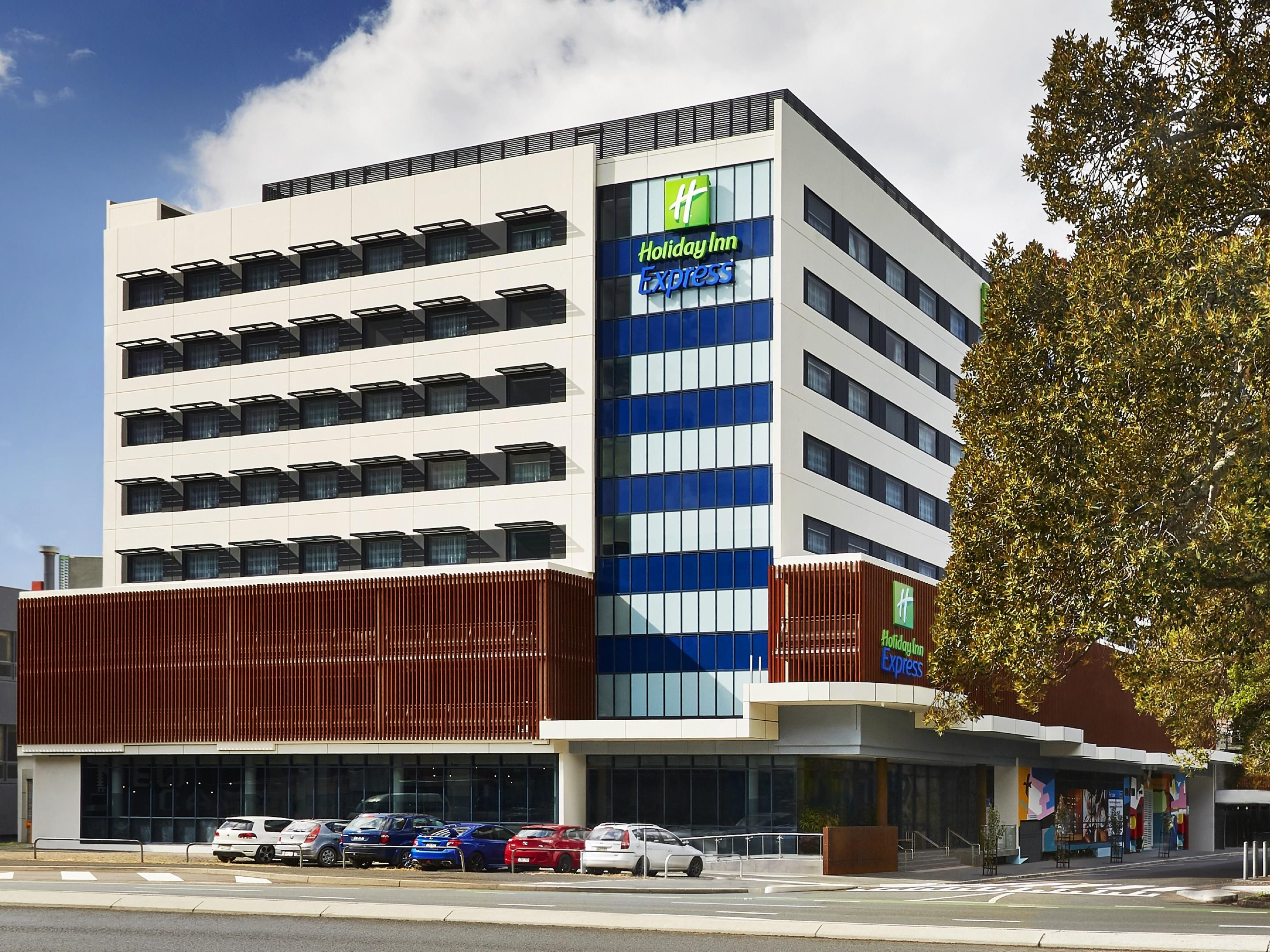 Holiday Inn Express Newcastle Australia Hotel Nsw 2302