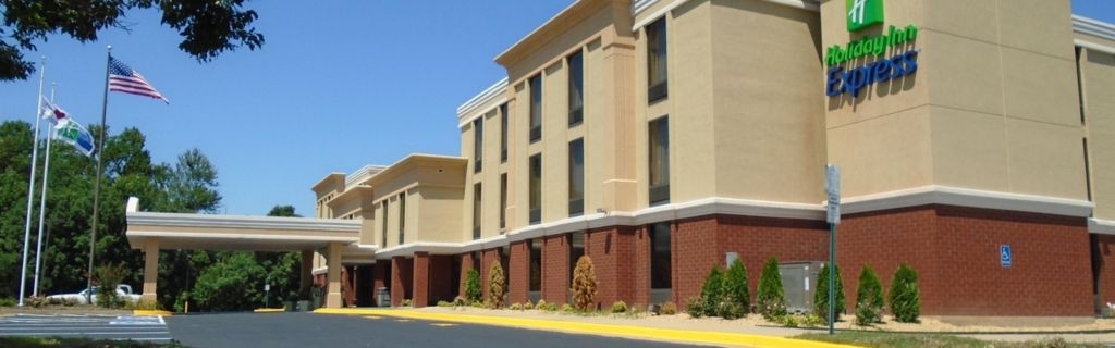 Conveniently Located In The Heart Of Chesterfield Midlothian Va
