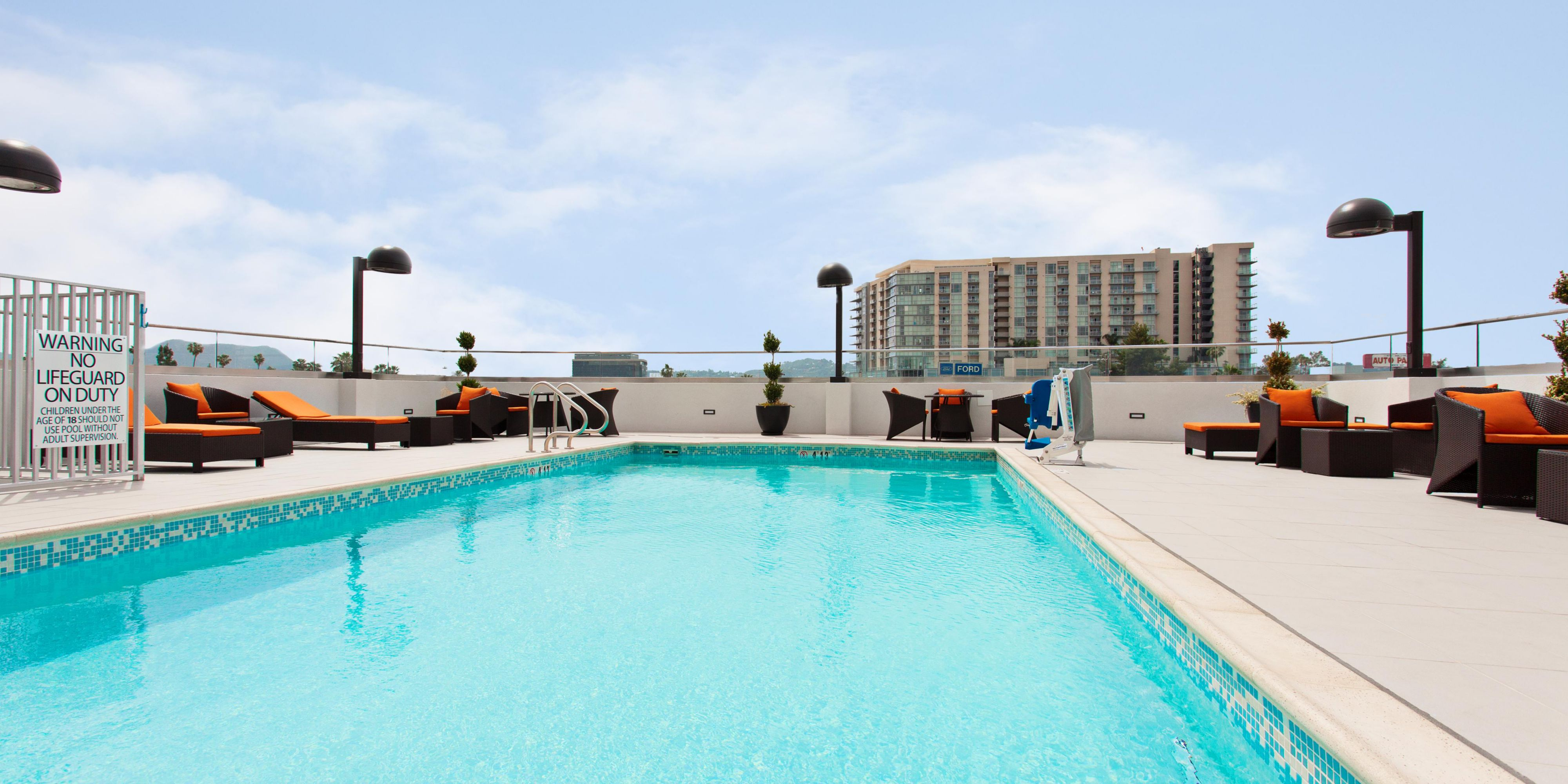 Holiday Inn Express North Hollywood Burbank Area Hotel In North