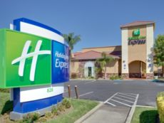 Holiday Inn Express Oakdale in Modesto, California