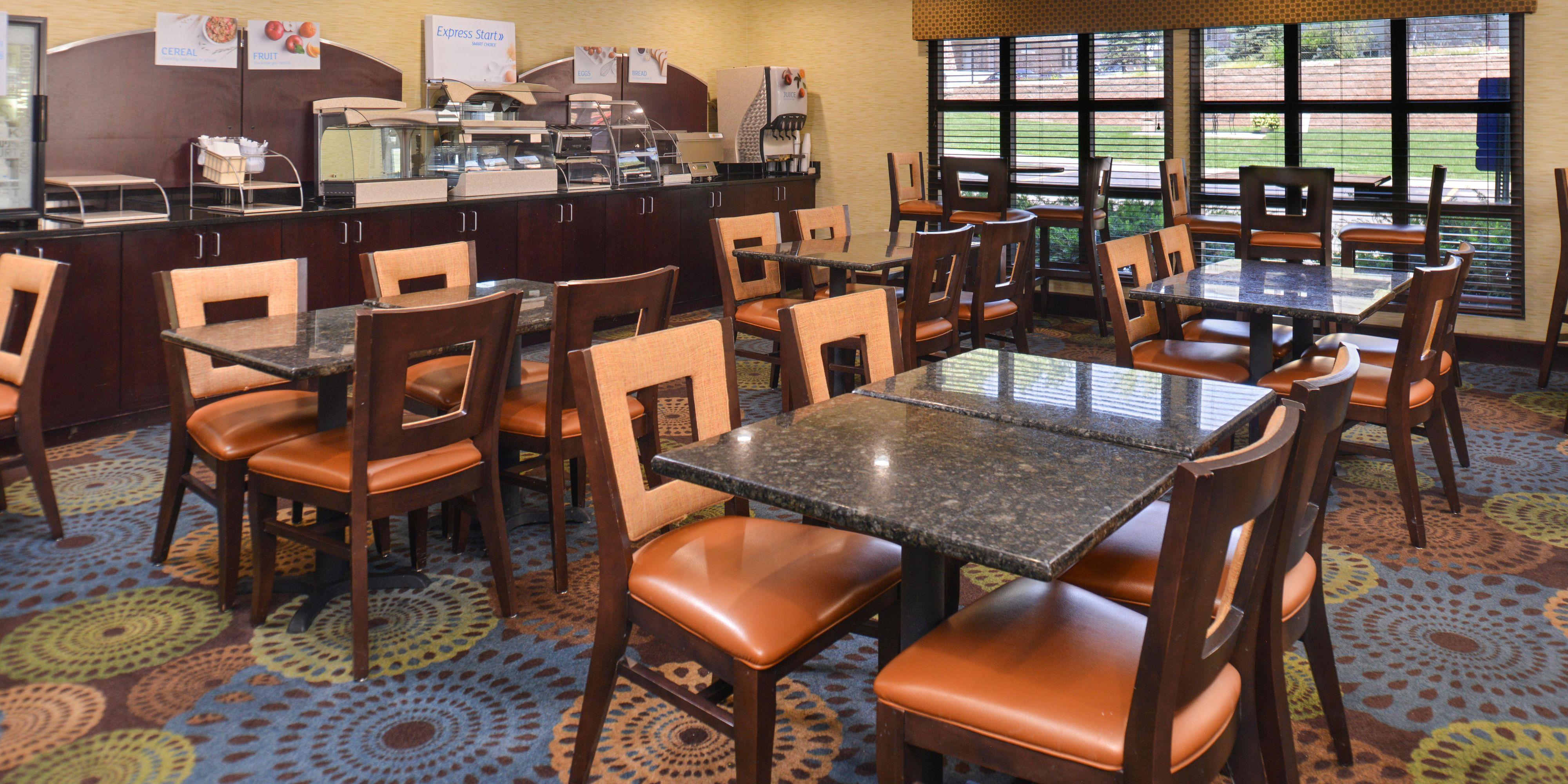 Captivating Holiday Inn Express Omaha 4644508566 2x1