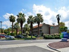 Holiday Inn Express Palm Desert in Palm Desert, California