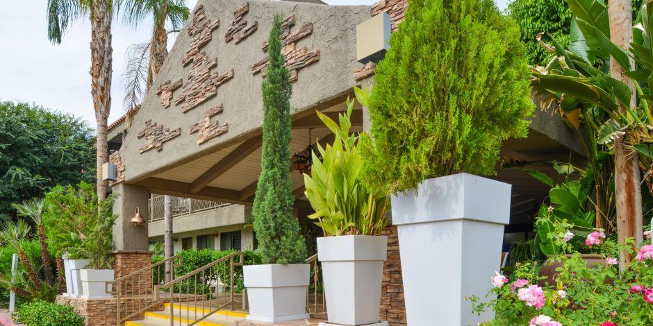 Holiday Inn Express Palm Desert Hotel by IHG
