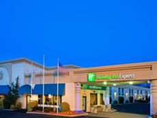 Holiday Inn Express Paramus in Parsippany, New Jersey