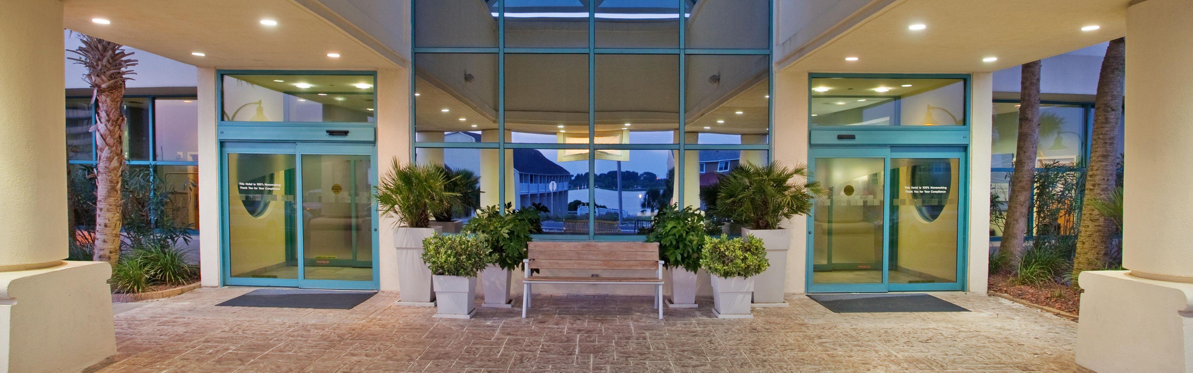 Fabulous Pet Friendly Hotels Pensacola Beach With