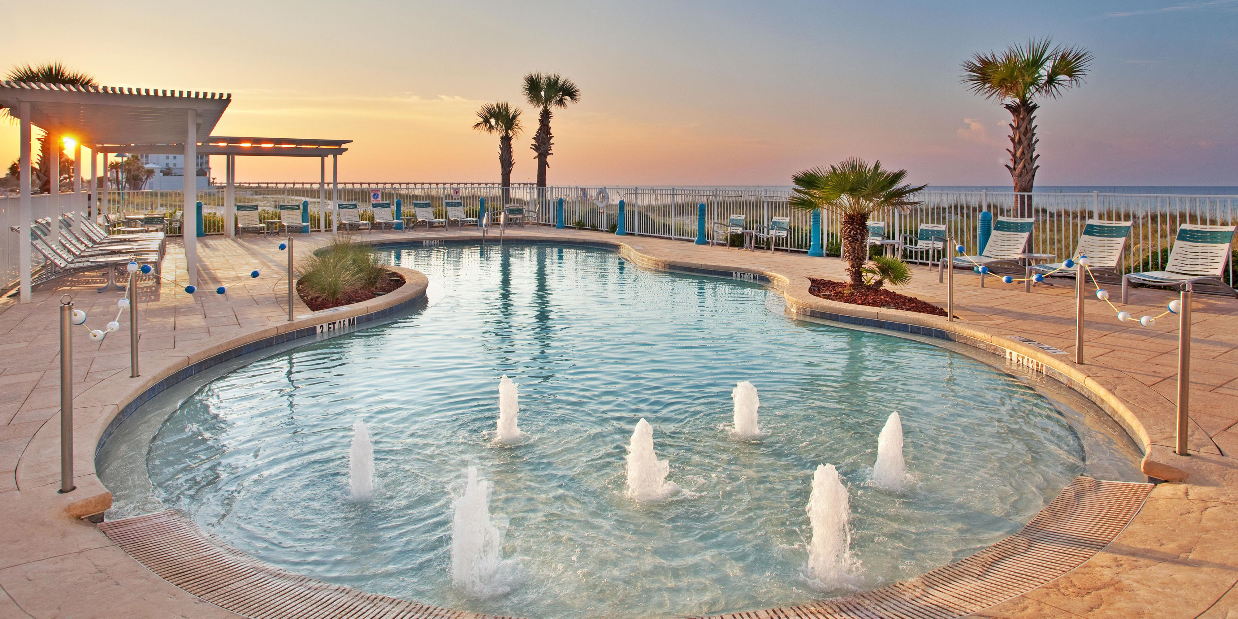 Holiday Inn Express Pensacola Beach 3121855247 2x1