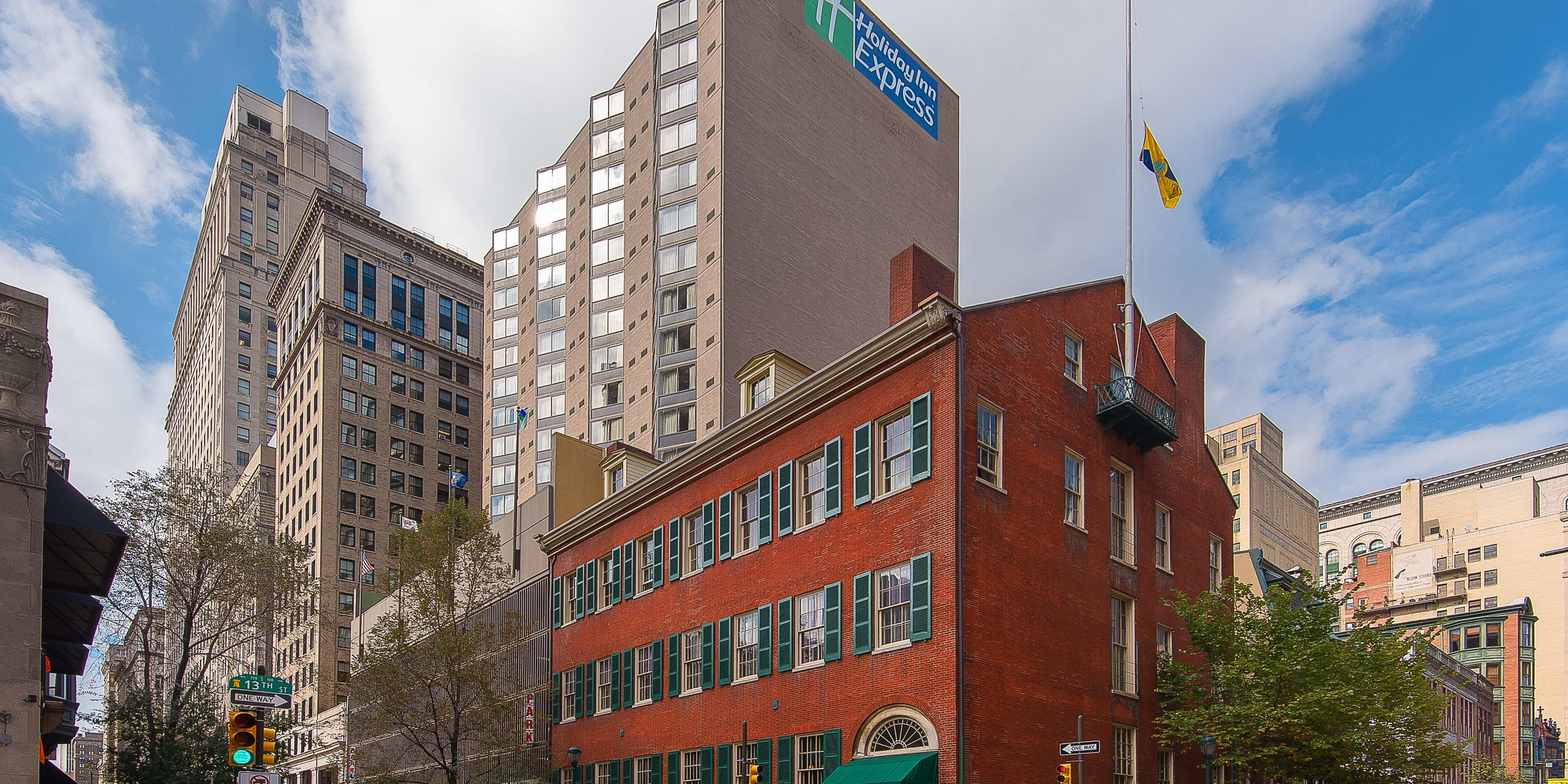 Hotels In Midtown Near Philadelphia Convention Center