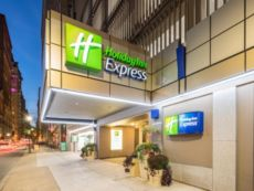 Holiday Inn Express Philadelphia-Midtown in Carneys Point, New Jersey