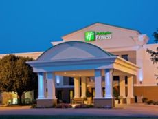 Holiday Inn Express Indianapolis Airport in Cloverdale, Indiana