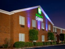 Holiday Inn Express Savannah-I-95 North in Hardeeville, South Carolina