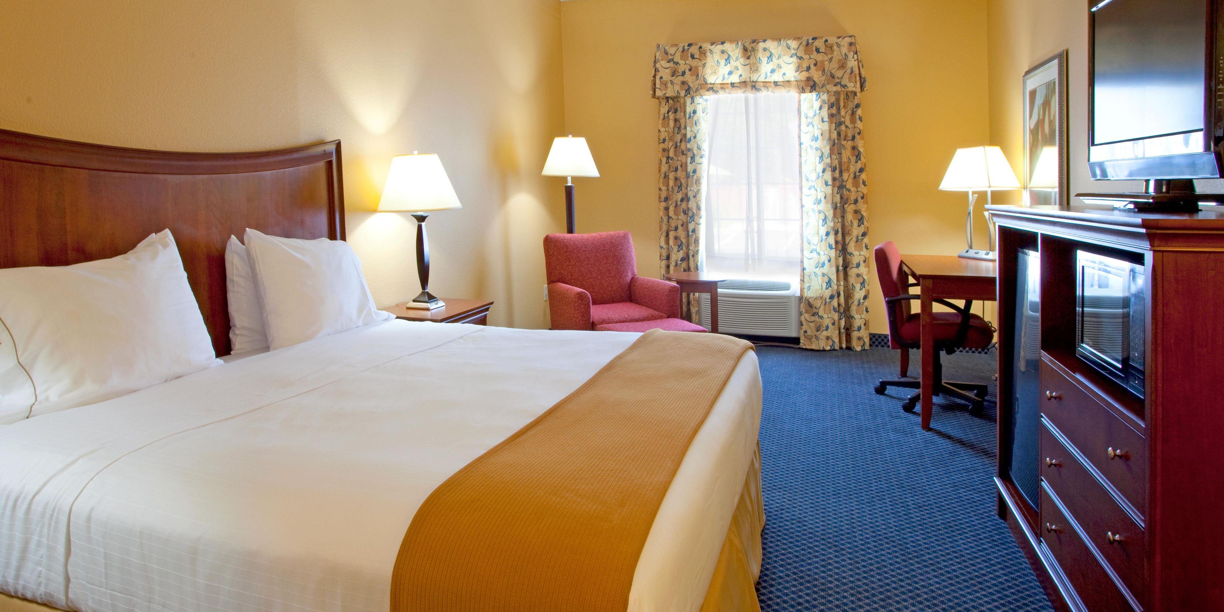 Holiday Inn Express Port Wentworth 4306305502 2x1
