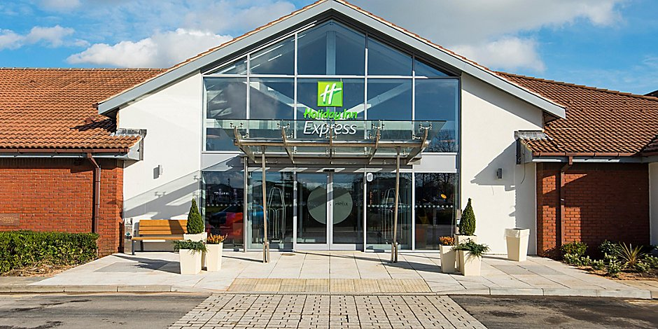 Cosham Hotels Holiday Inn Express Portsmouth North