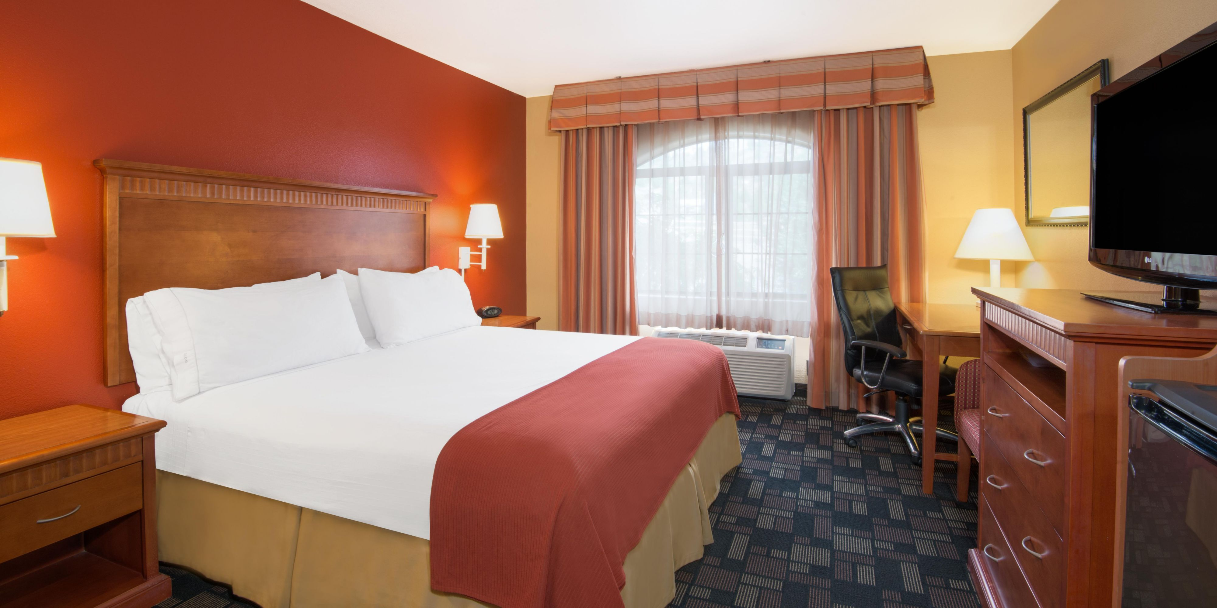 Holiday Inn Express Prescott 3986193545 2x1