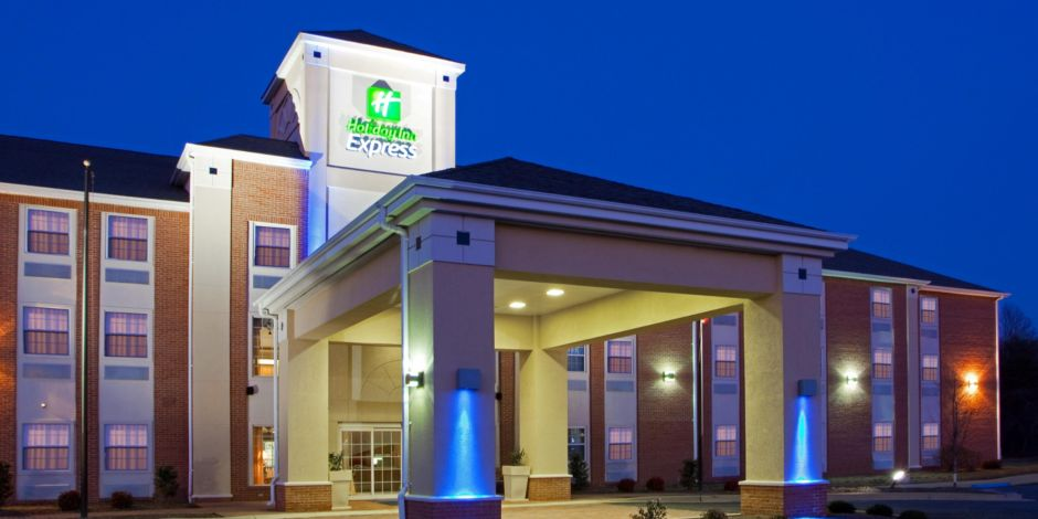 Front Desk Holiday Inn Express Prince Frederick