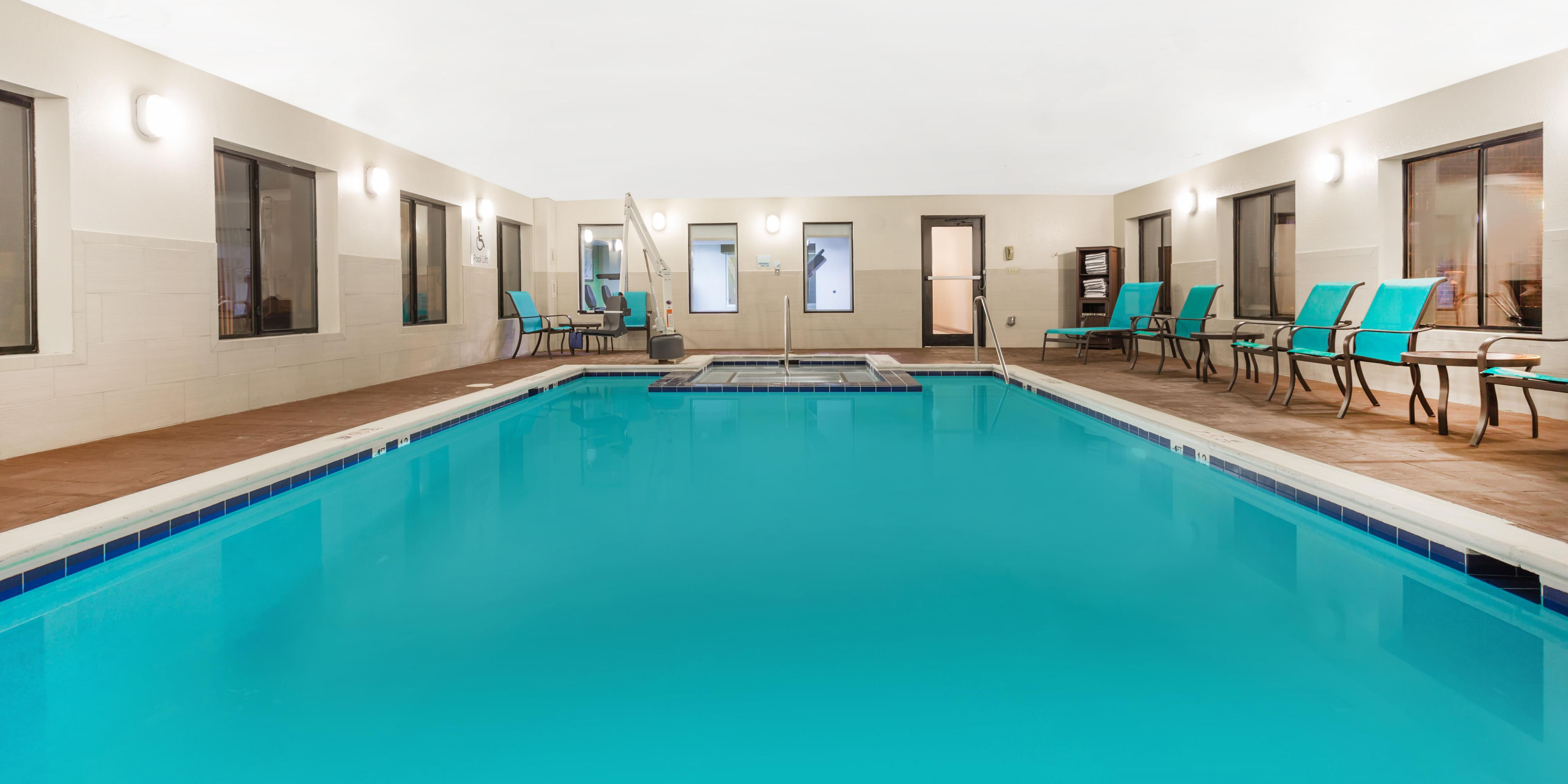Holiday Inn Express Princeton 4875839525 2x1