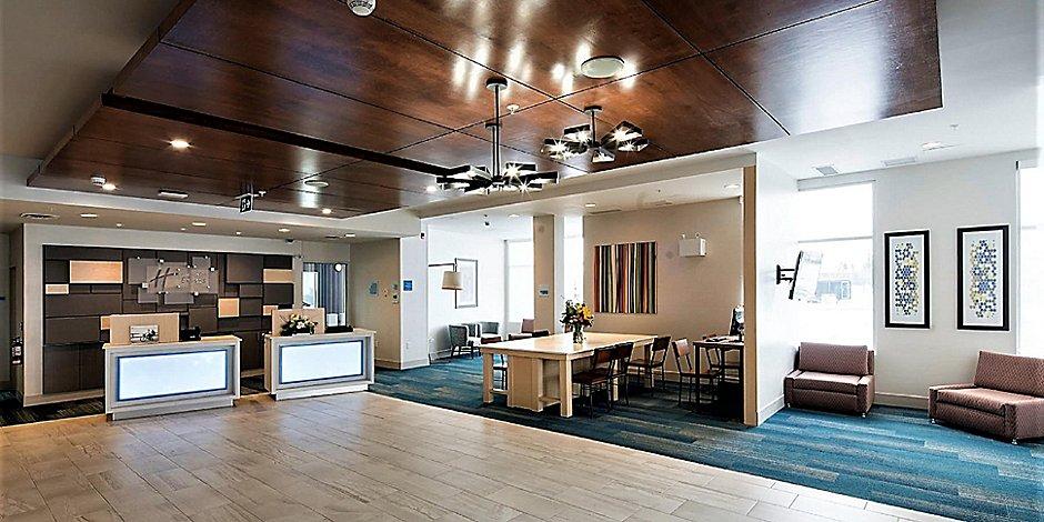 Holiday Inn Express Red Deer North Hotel by IHG