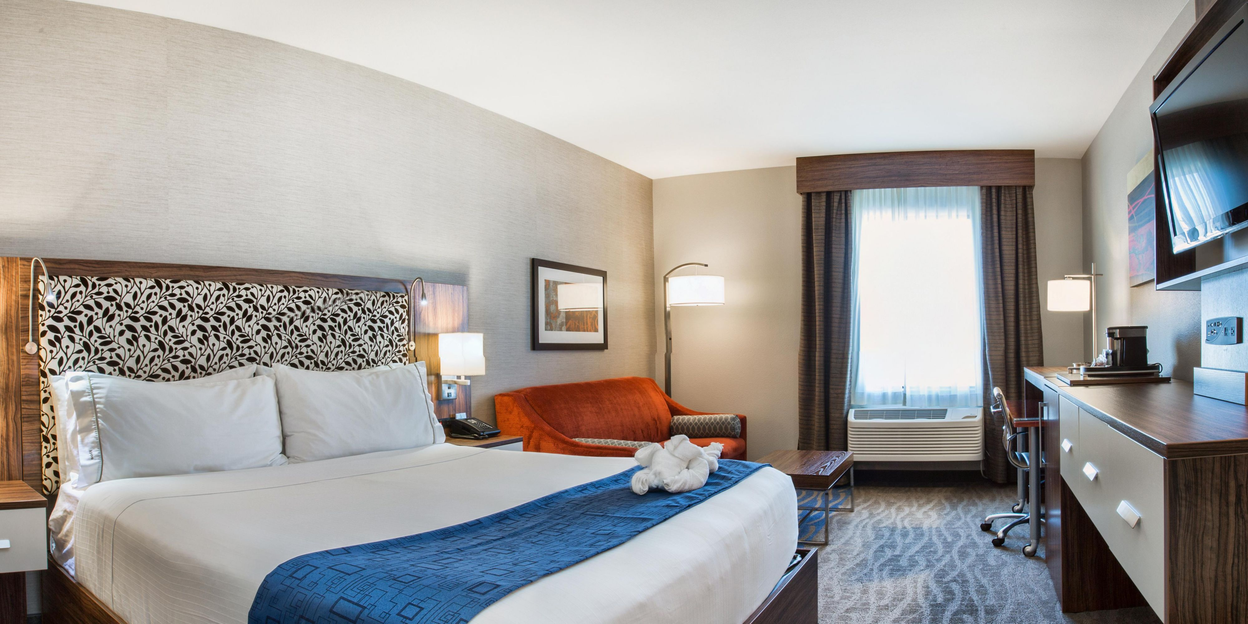 Holiday Inn Express Redwood City 3598949519 2x1