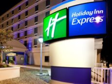 Holiday Inn Express Richmond - Downtown in Petersburg, Virginia