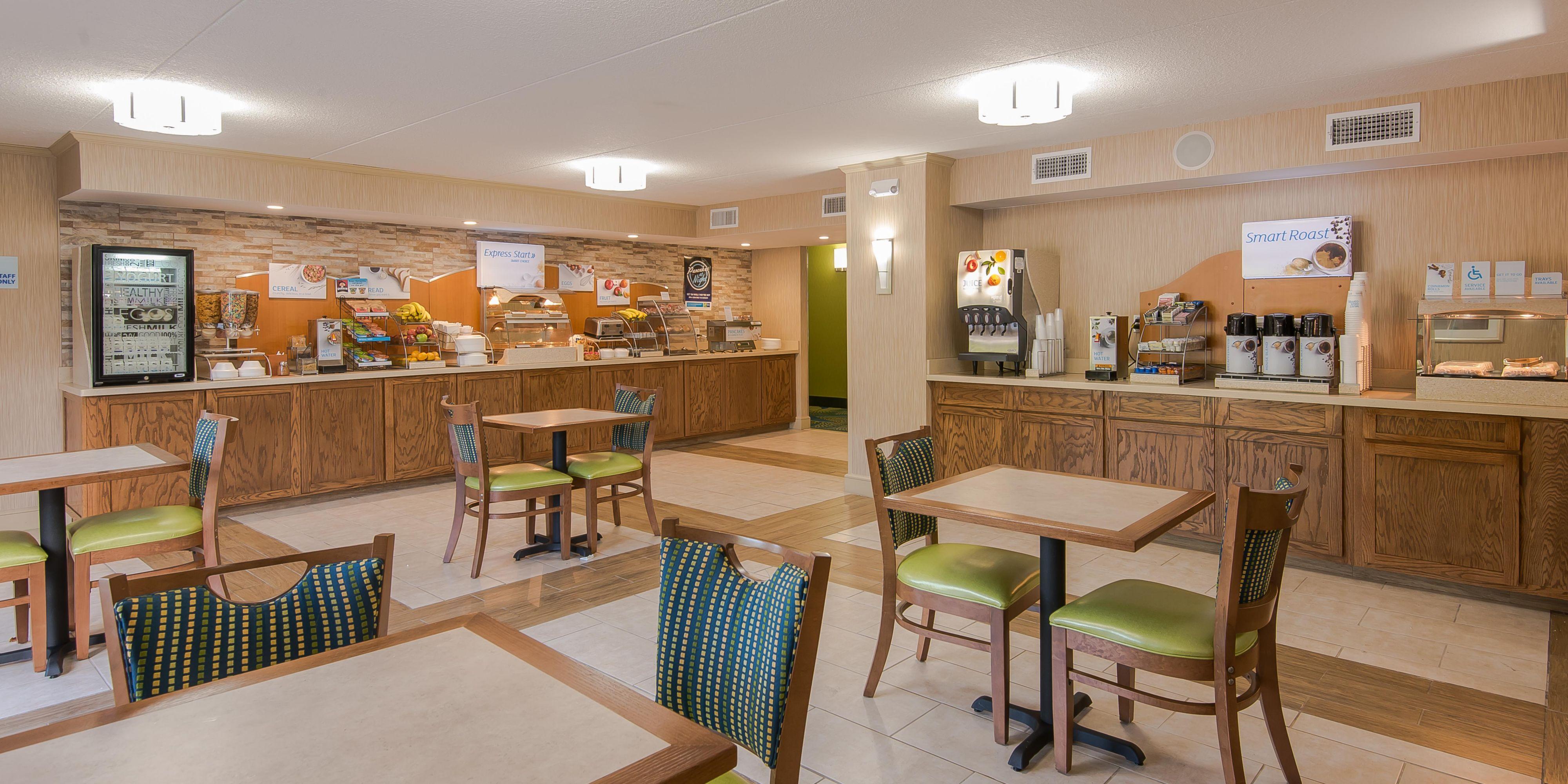 Holiday Inn Express Roanoke 4132270139 2x1