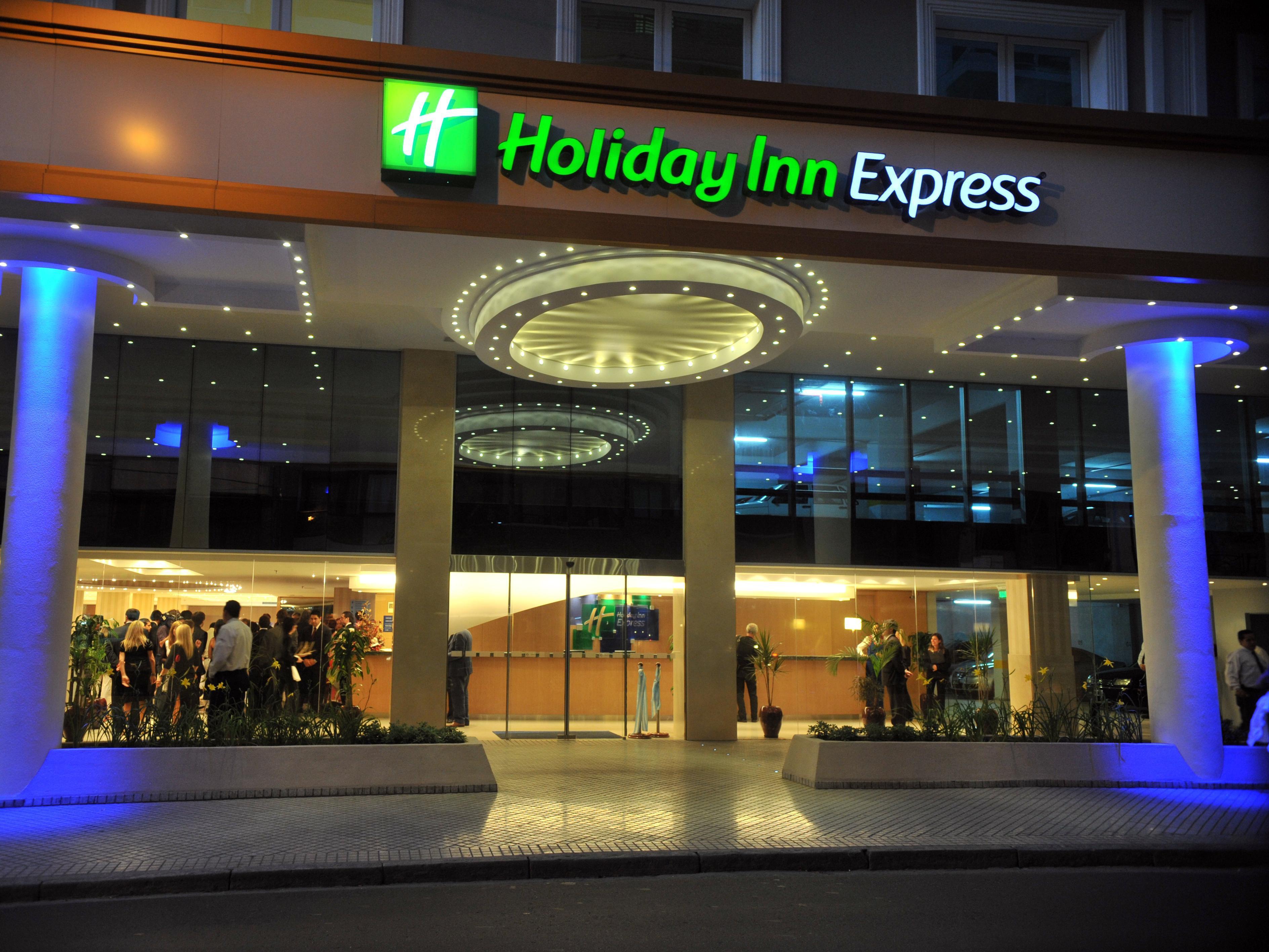 Resultado de imagen para HOTEL HOLIDAY ROSARIO