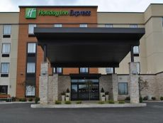 Holiday Inn Express Salem in Newton Falls, Ohio