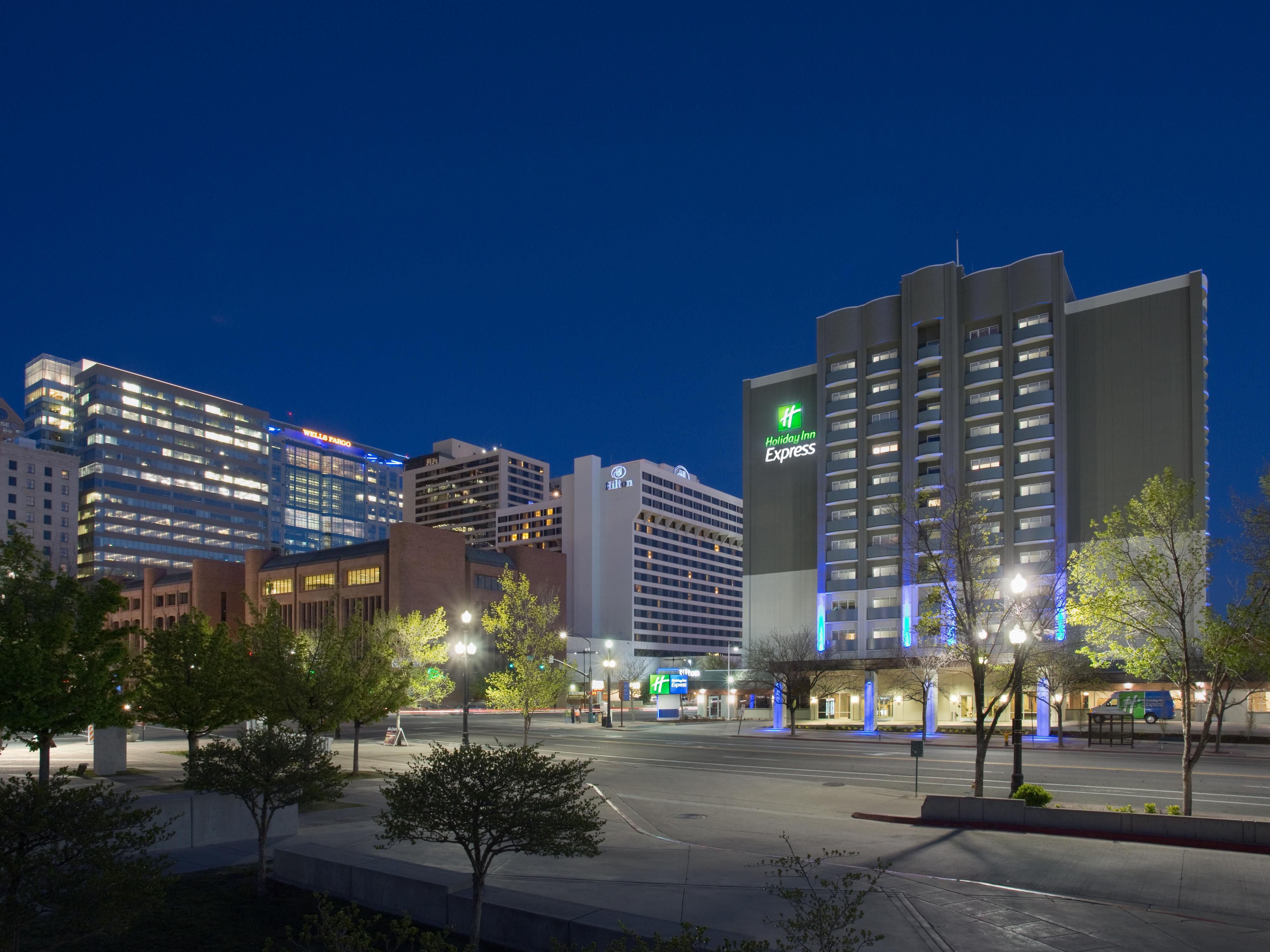 Holiday Inn Express Salt Lake City Downtown at night
