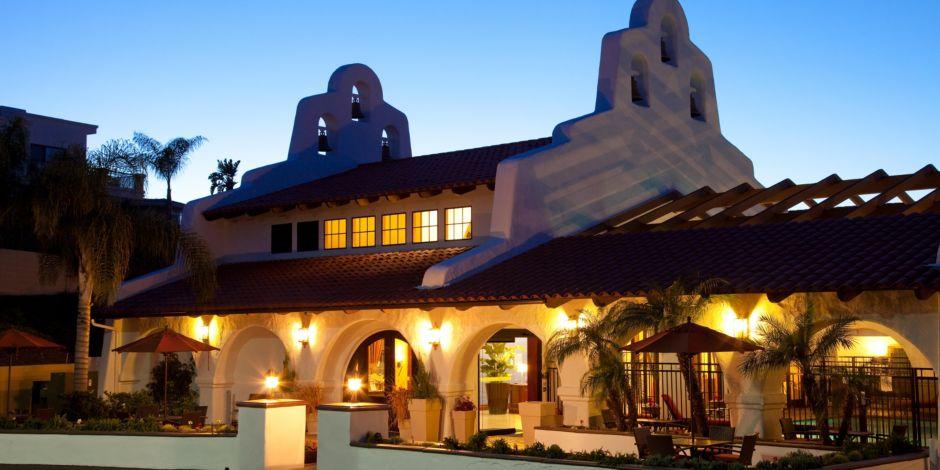 Holiday Inn Express San Clemente Hotel Near Trestles Beach