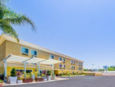 Holiday Inn Express San Diego SeaWorld-Beach Area in Chula Vista, California