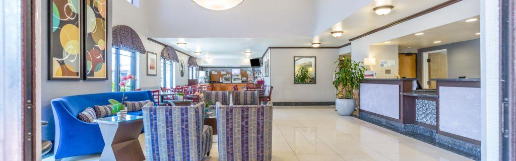 Holiday Inn Express SeaWorld Area Hotel Lobby