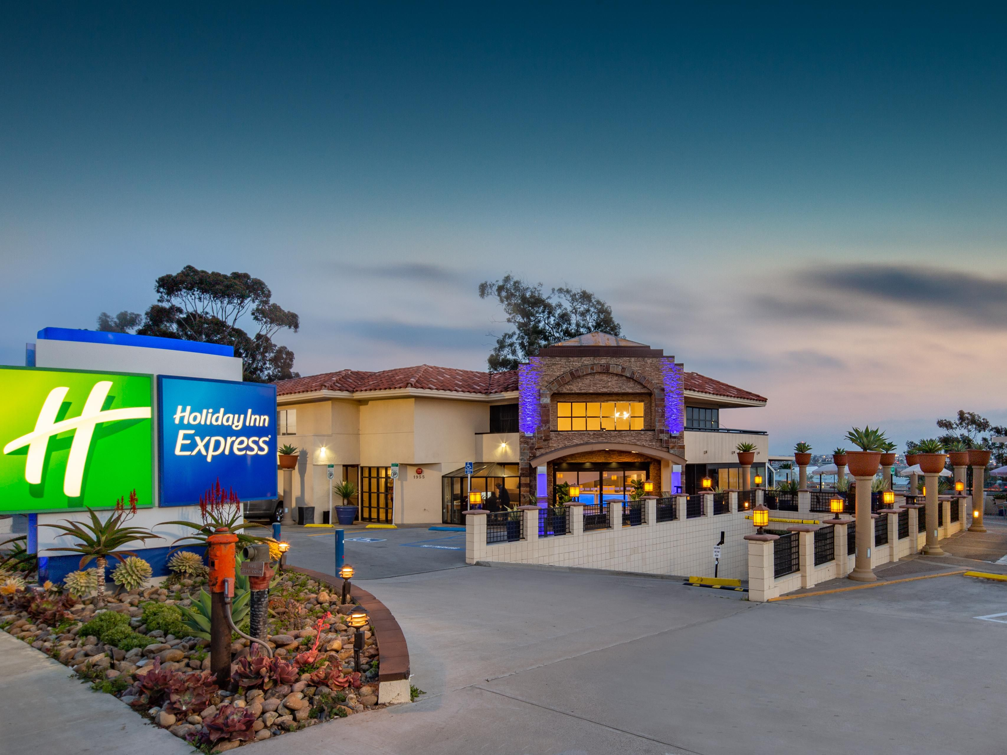 San Go Airport Hotel Holiday Inn Express Old Town In Ca