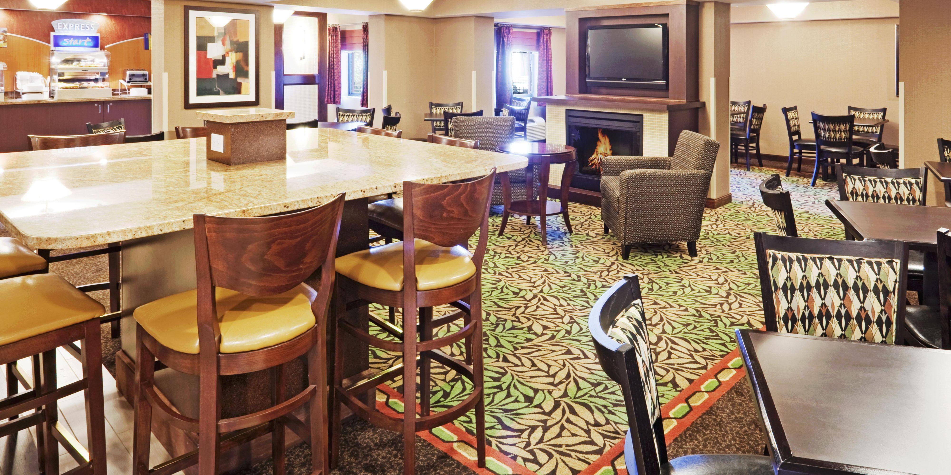 Holiday Inn Express Saugus (Logan Airport) Hotel by IHG