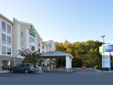 Holiday Inn Express Seaford-Route 13 in Delmar, Maryland