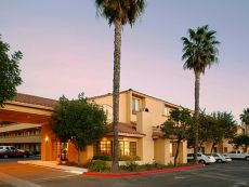 Holiday Inn Express Simi Valley in Chatsworth, California