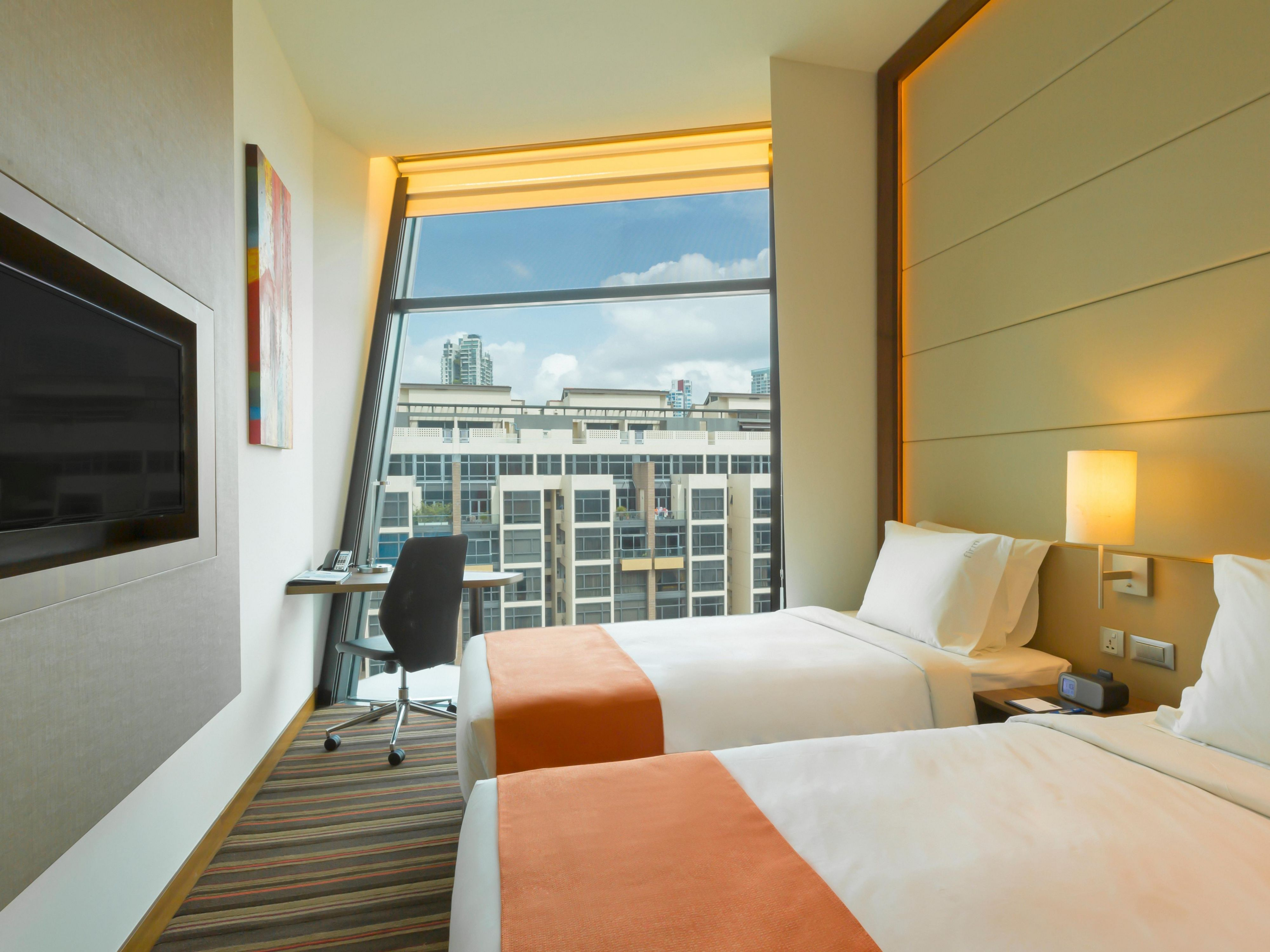 2 Single Beds Room at Holiday Inn Express Singapore Clarke Quay Ho