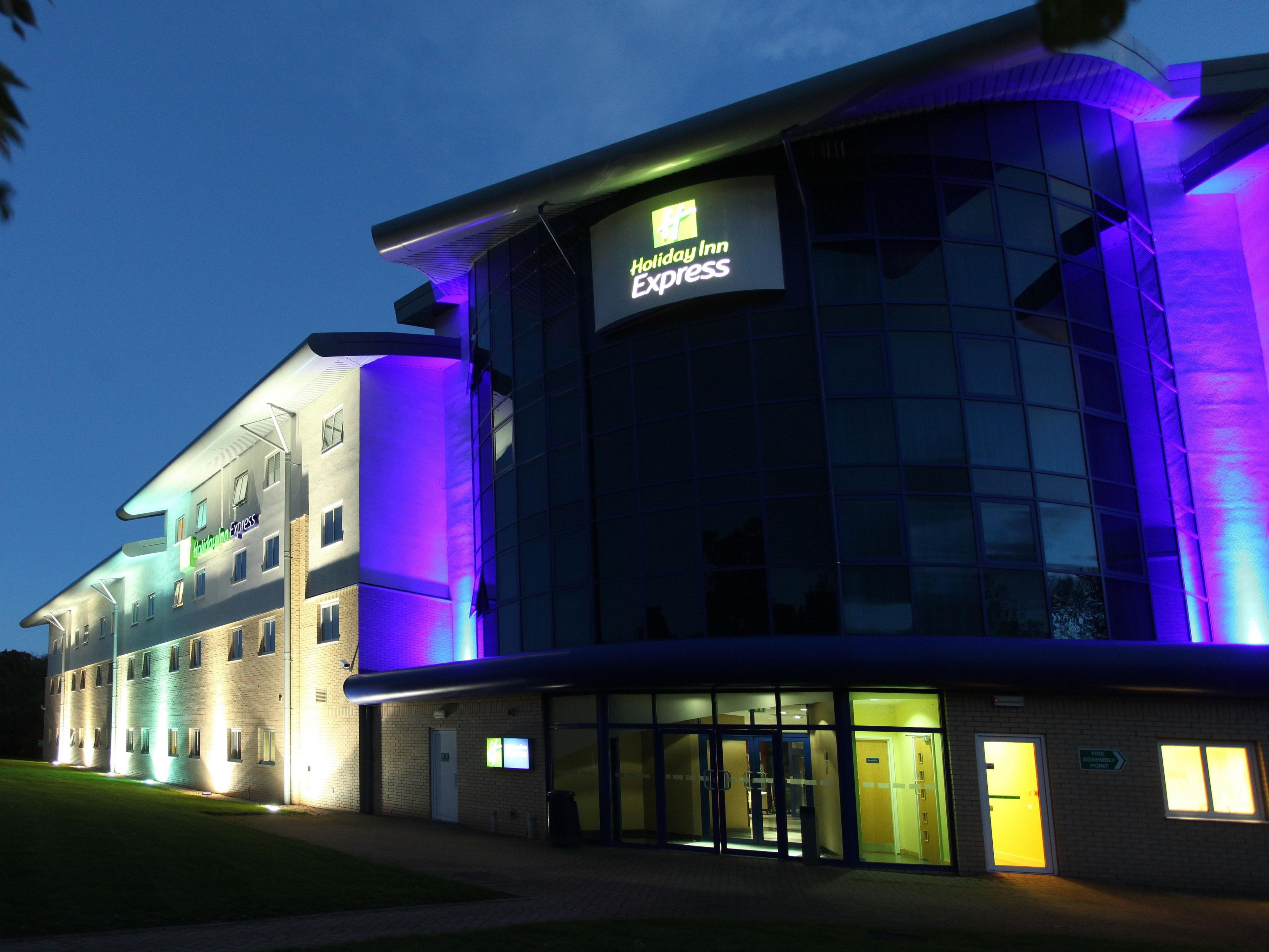 Exterior Feature of Holiday Inn Express Southampton M27 Jct7