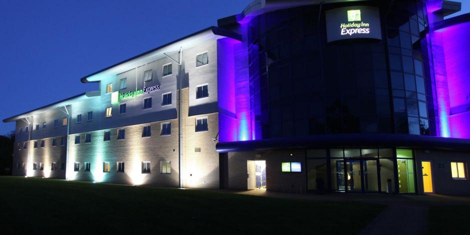 Southampton M27 Jct7 Hotel Exterior