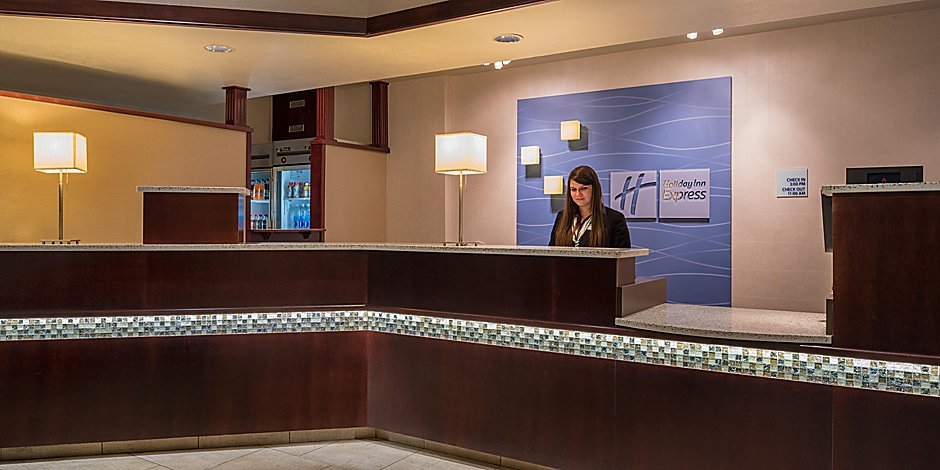 Prime Holiday Inn Express Spokane Valley Hotel In Spokane By Ihg Download Free Architecture Designs Viewormadebymaigaardcom