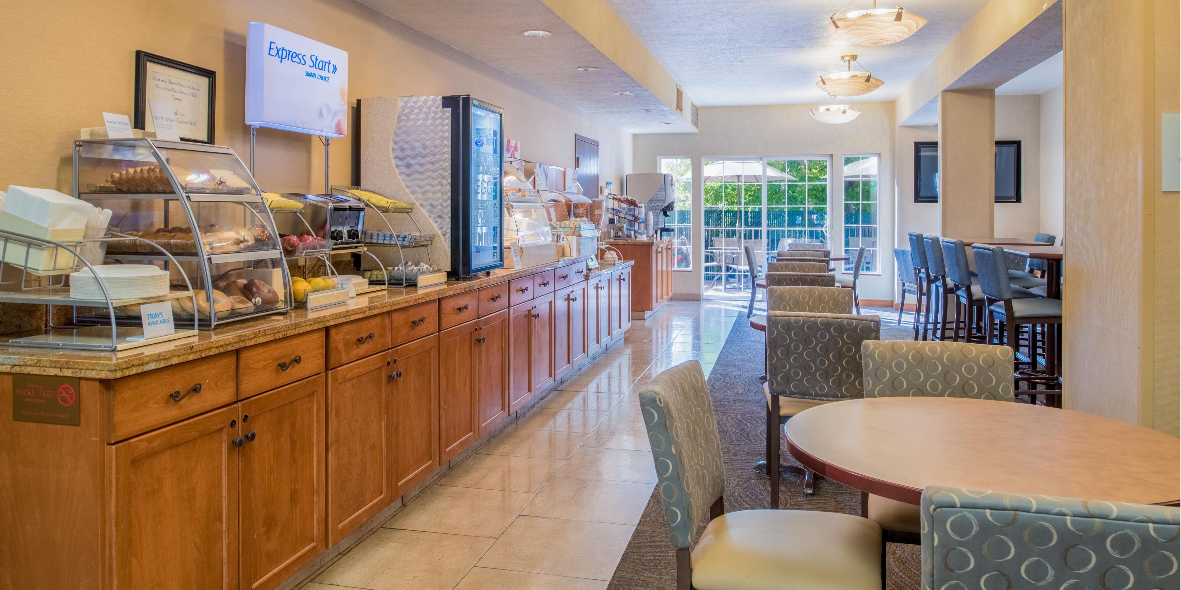 Holiday Inn Express Spokane 4220224427 2x1