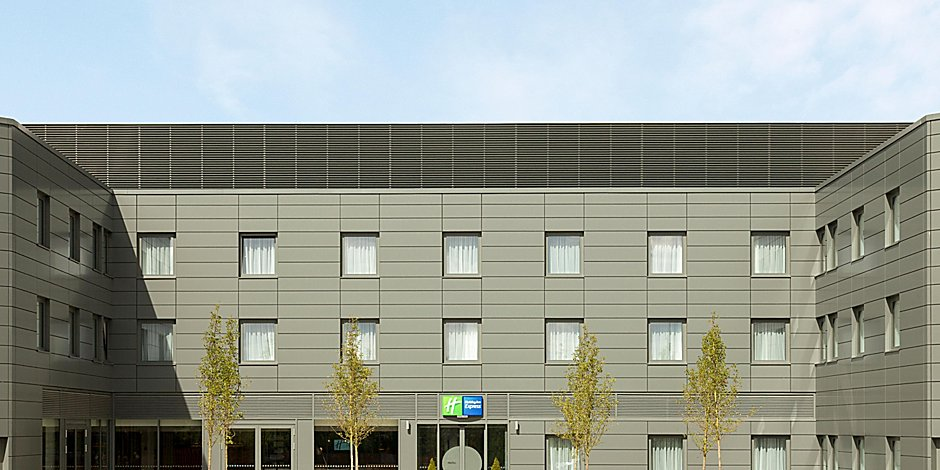 Holiday Inn Express Hotel St Albans M25 Junction 22