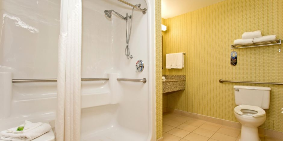 Holiday Inn Express Winchester South Stephens City Hotel By IHG - Bathroom remodeling winchester va