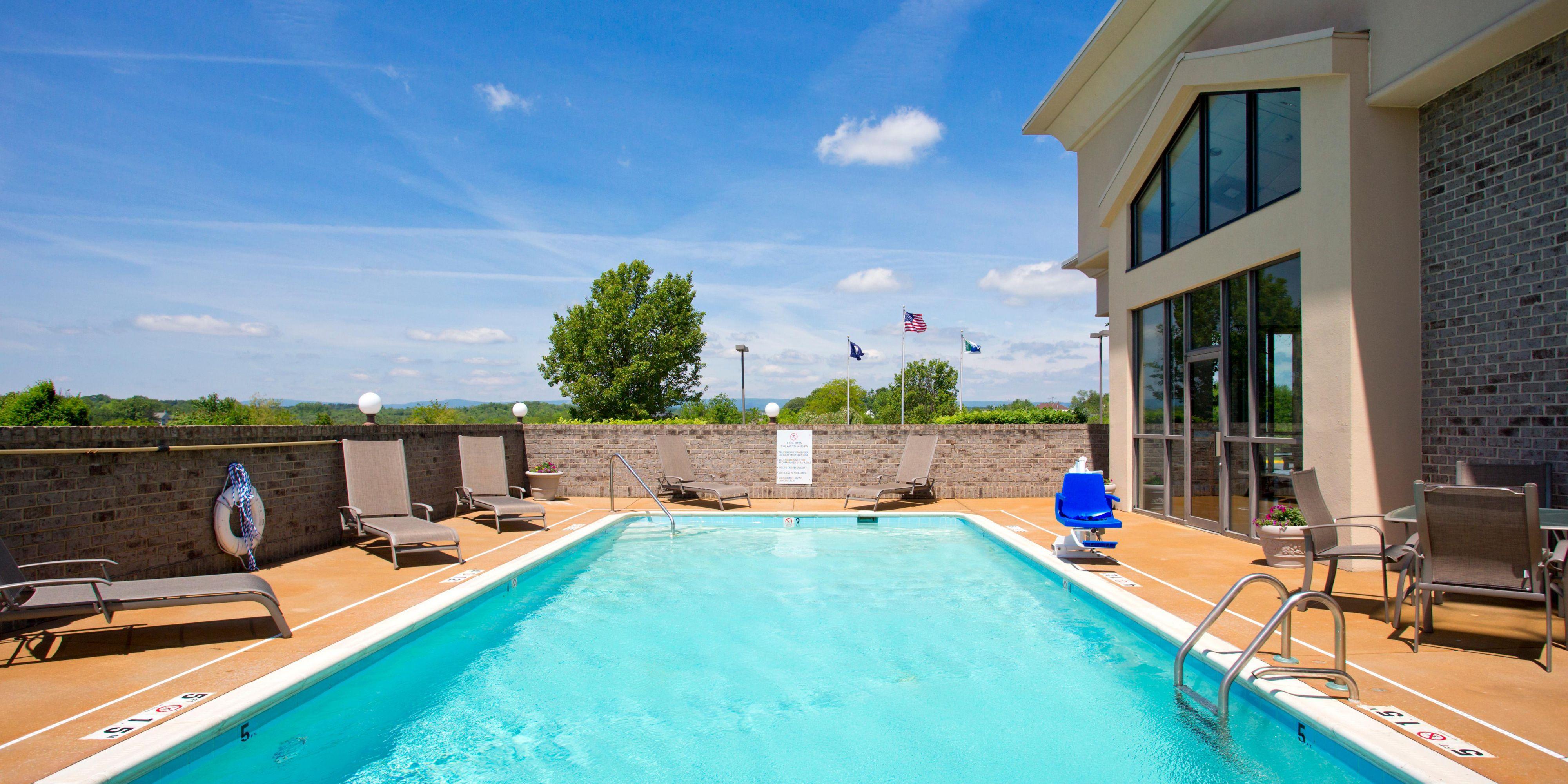 Holiday Inn Express Stephens City 4073996511 2x1