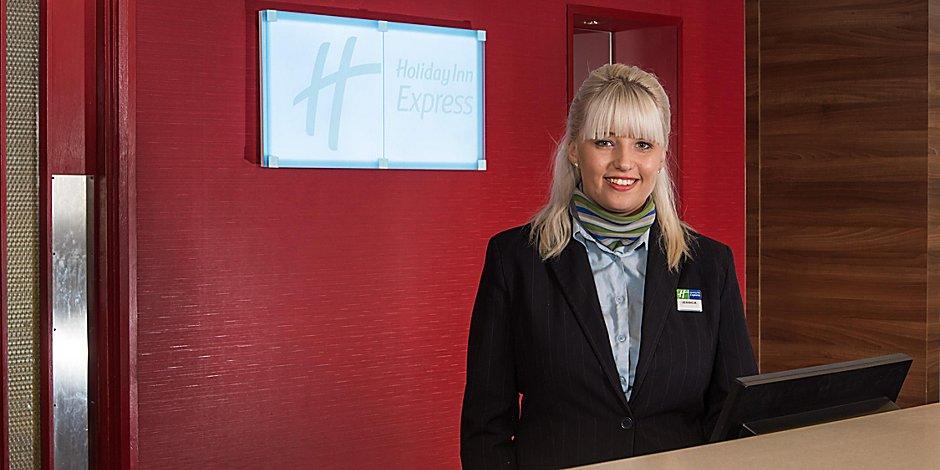 Hotel Near Stadium: Holiday Inn Express Stoke On Trent