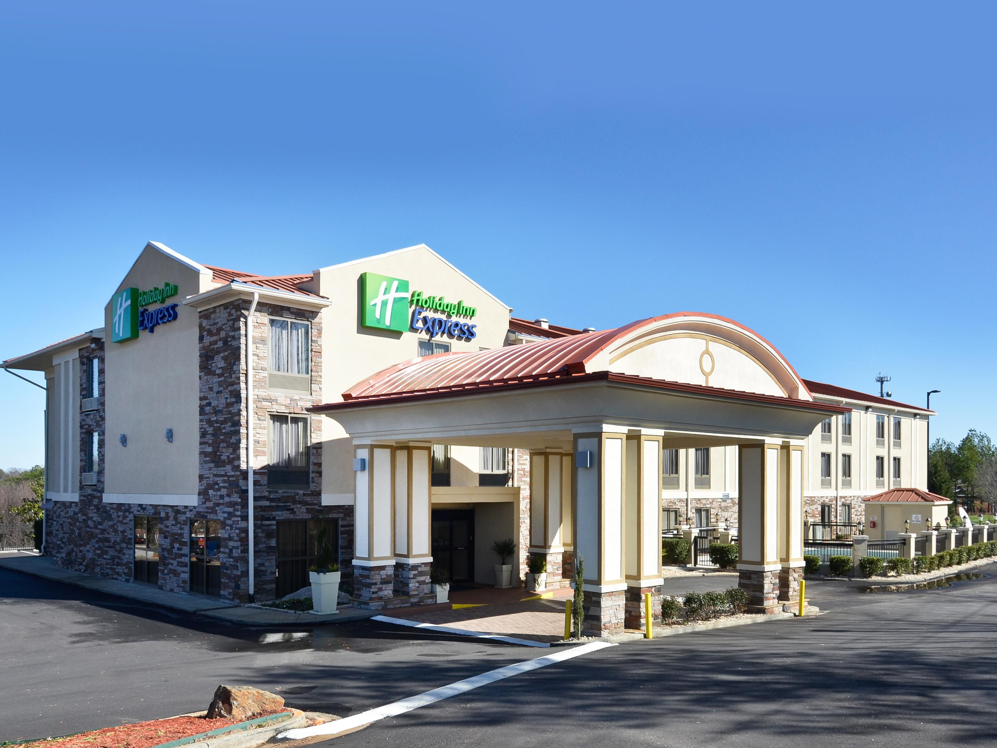 Holiday Inn Express Stone Mountain Hotels Budget Hotels In Stone