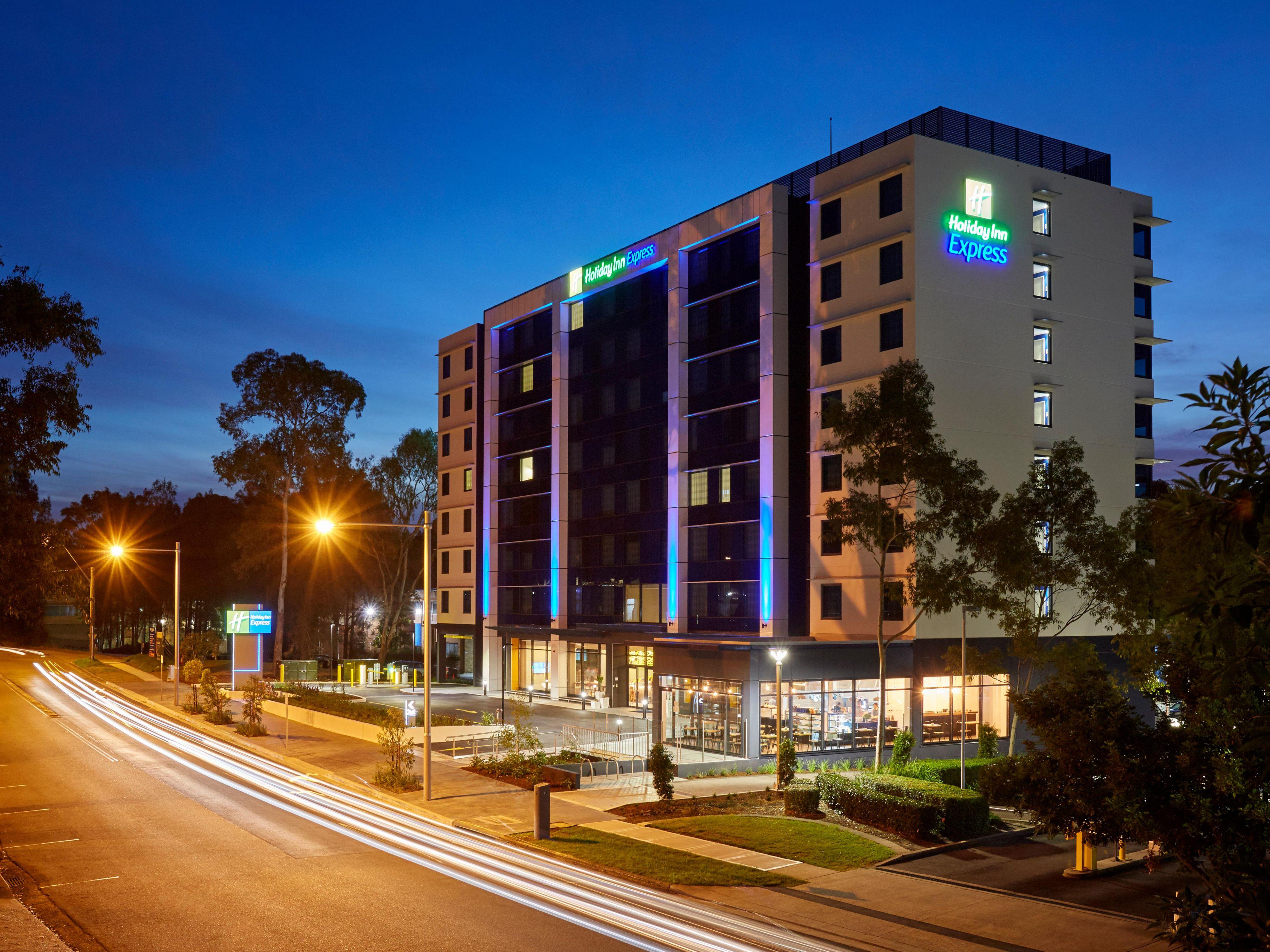 Hotels Airport Sydney Australia
