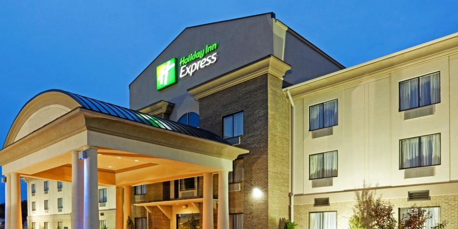 The New Holiday Inn Express Roanoke Troutville
