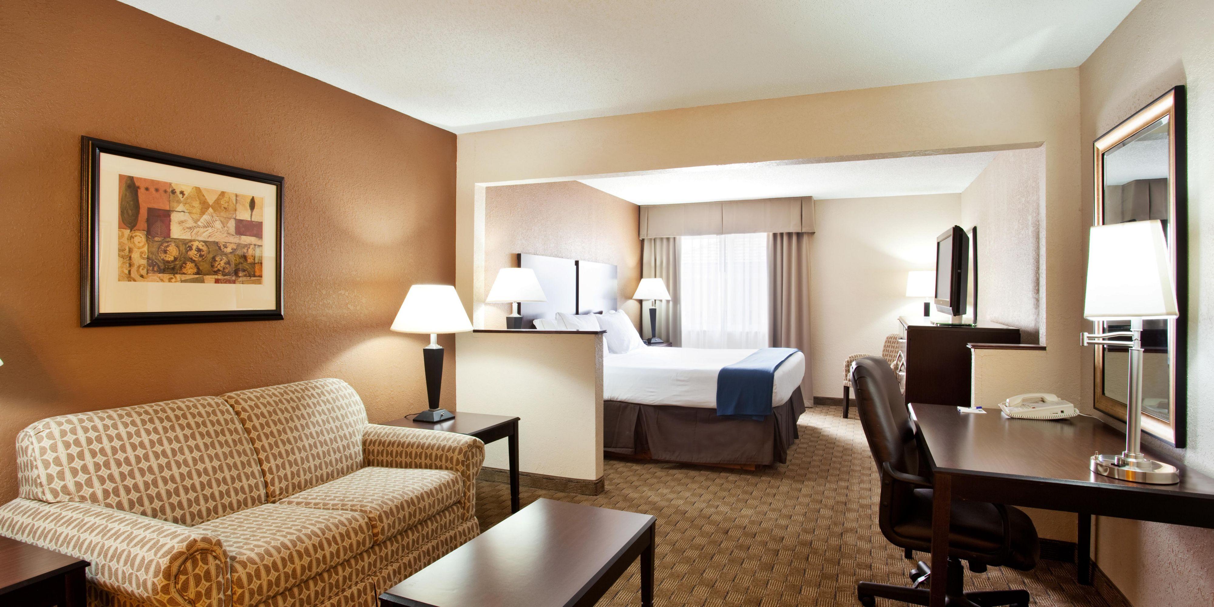 Holiday Inn Express Tuscola 2533433438 2x1