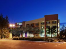 Holiday Inn Express Union City (San Jose) in San Mateo, California
