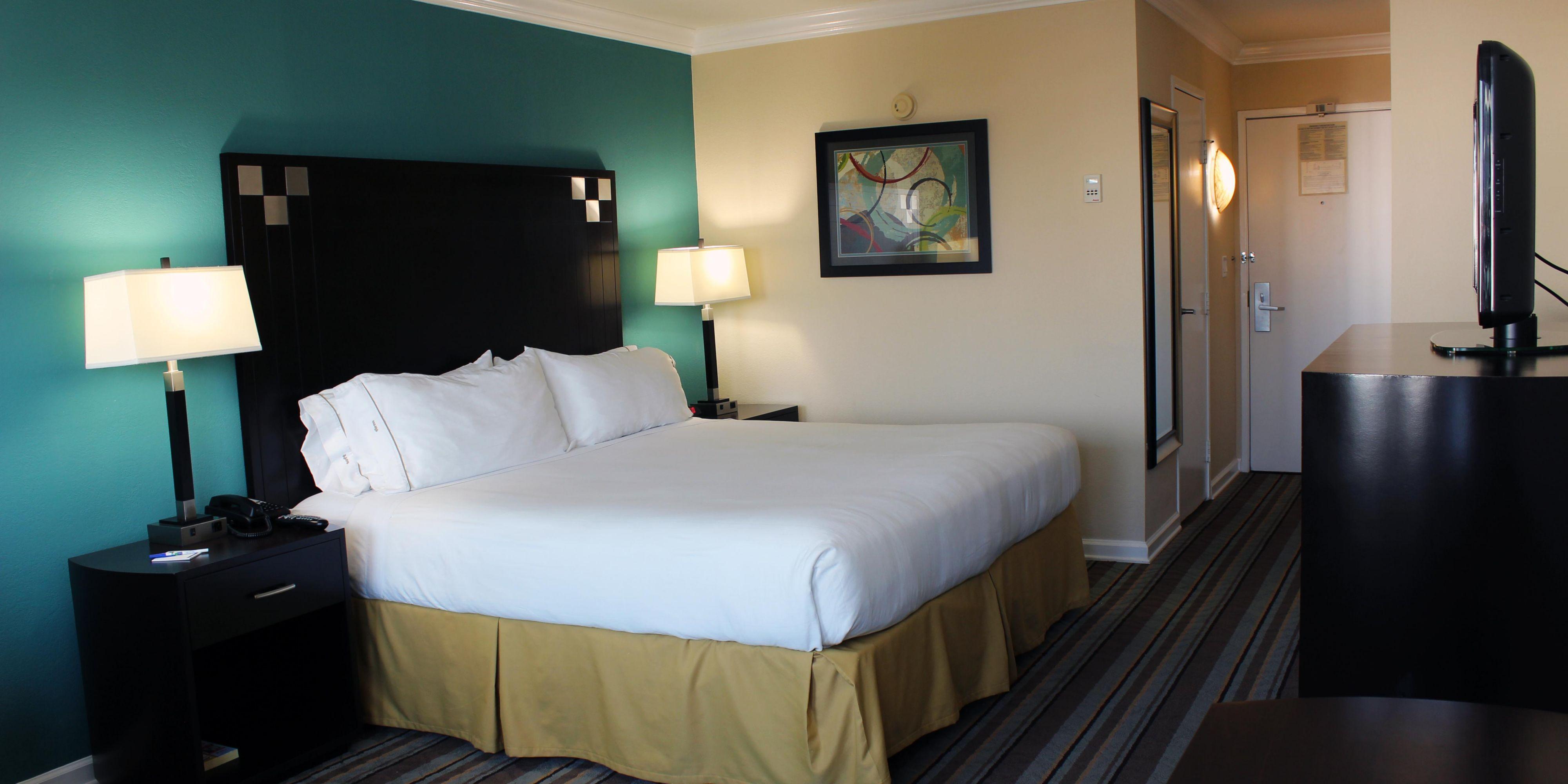Holiday Inn Express Van Nuys 3977050418 2x1