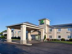 Holiday Inn Express Cleveland-Vermilion in Vermilion, Ohio