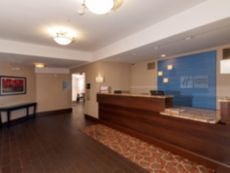 Holiday Inn Express Vernon - Manchester in Hartford, Connecticut